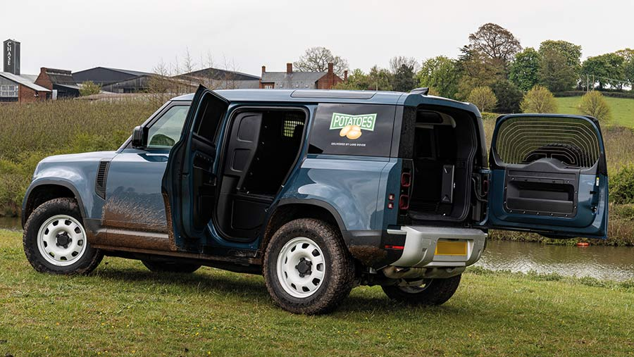 Defender 110 from the rear