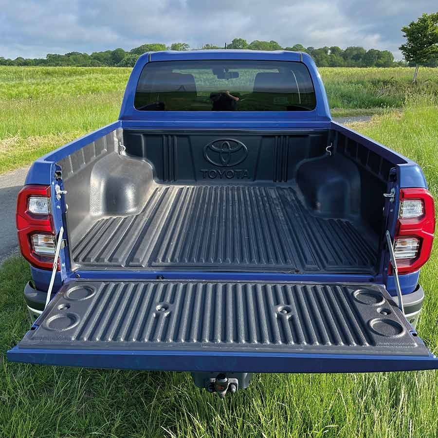 Toyota Hilux Invincible load bed