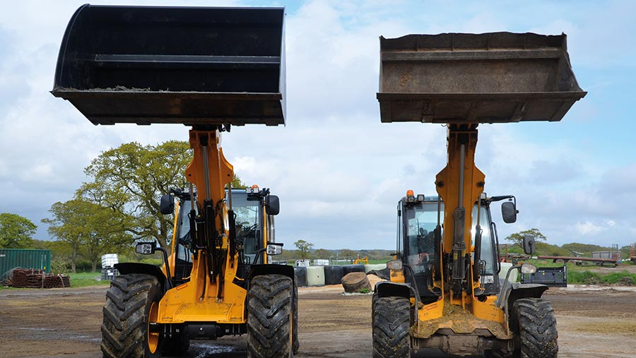 JCB TM420S and TM320S  side by side
