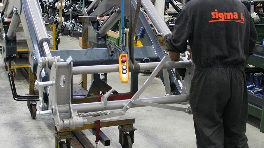 Sigma loader being built