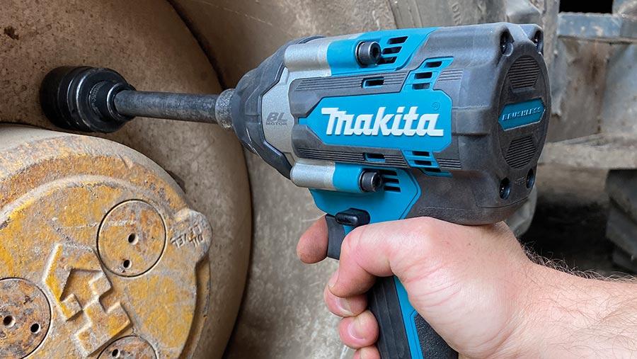 Makita impact wrench