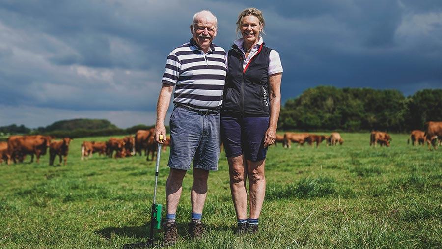 Bill y Suzanne Harper, finalistas campeones ambientales de los Farmers Weekly Awards