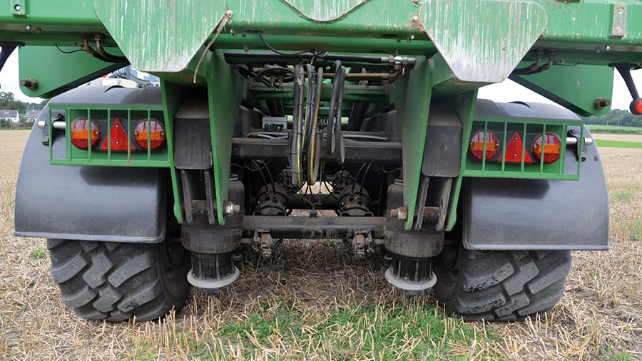 Bale chaser axles