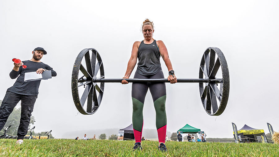 Isobel Brown lifting a weight