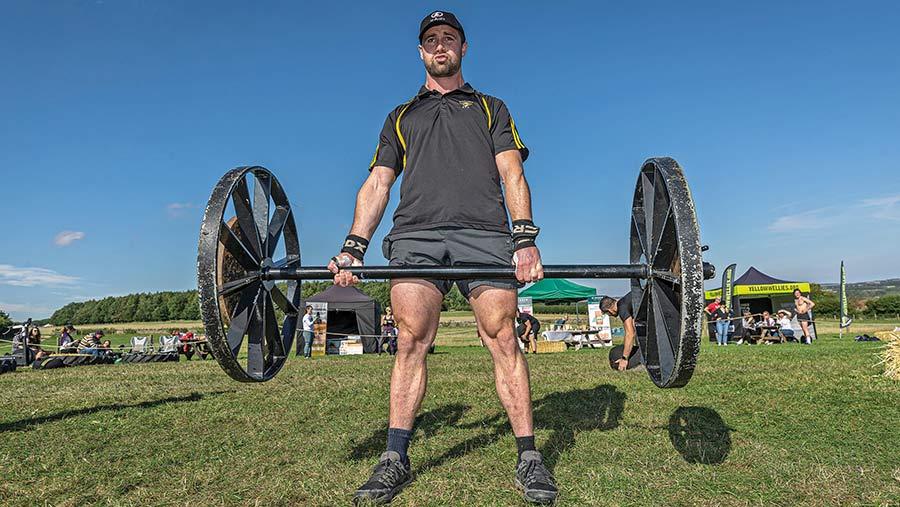 EifionRoberts lifting weights