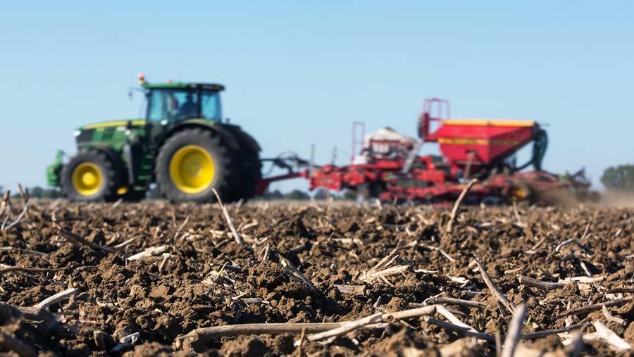 Drilling wheat © Tim Scrivener