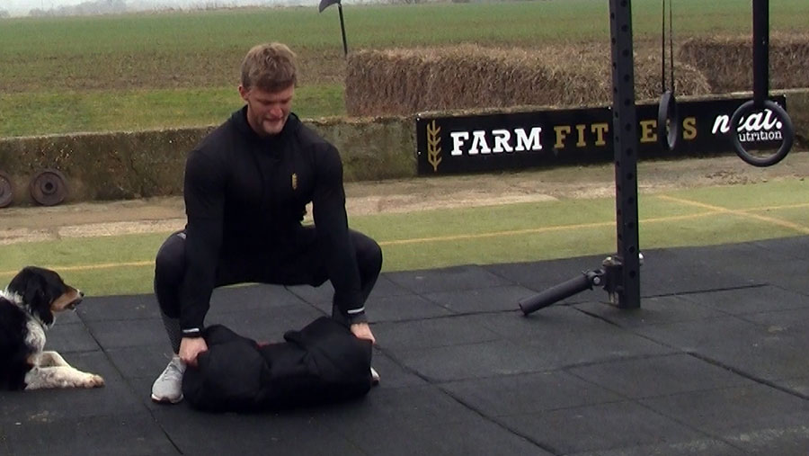 Tom Kemp ground to overhead exercise