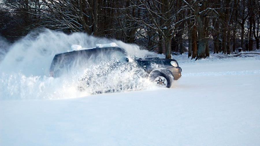 Charlie Flindt's Hyundai Terracan in the snow