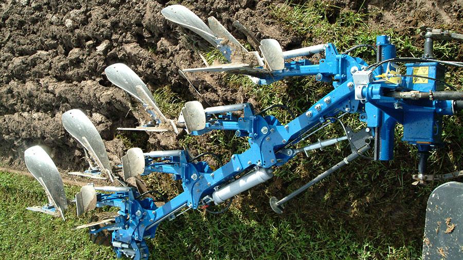 Overum CX2 plough