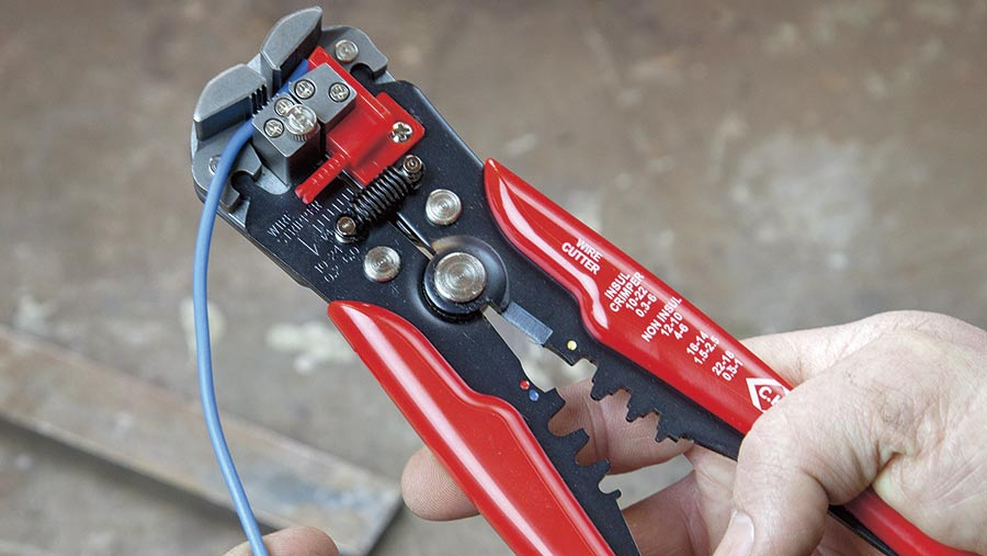 CK self-adjusting wire stripper