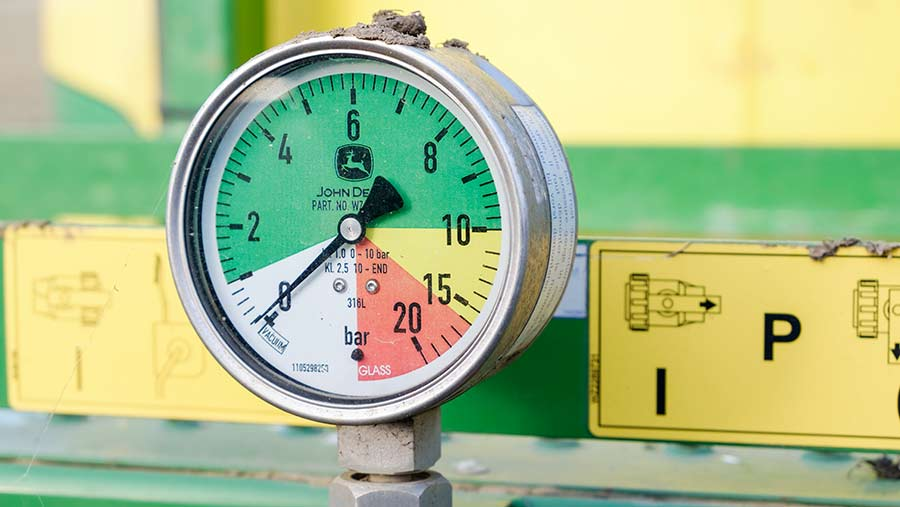 Pressure gauge on a sprayer © Jason Bye