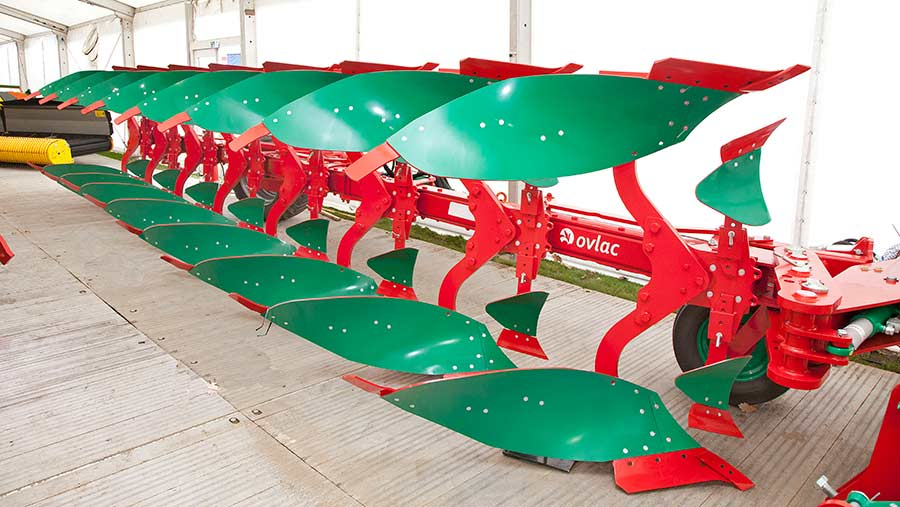 Ovlac 8-furrow plough