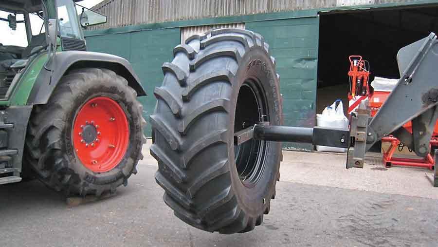 bill-clark-dual-wheel-attachment