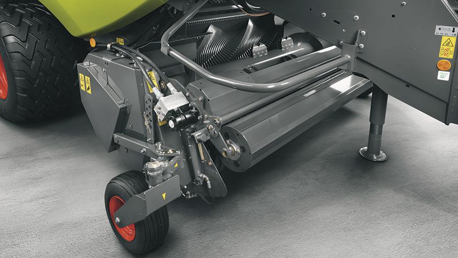 Claas Quadrant 5300 hyd crop roller drive