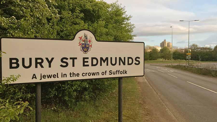 Bury St Edmund town sign