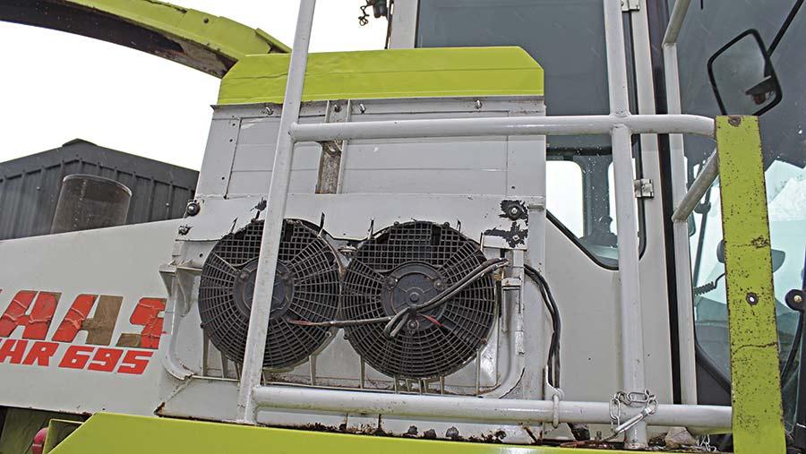 Extra lorry radiator