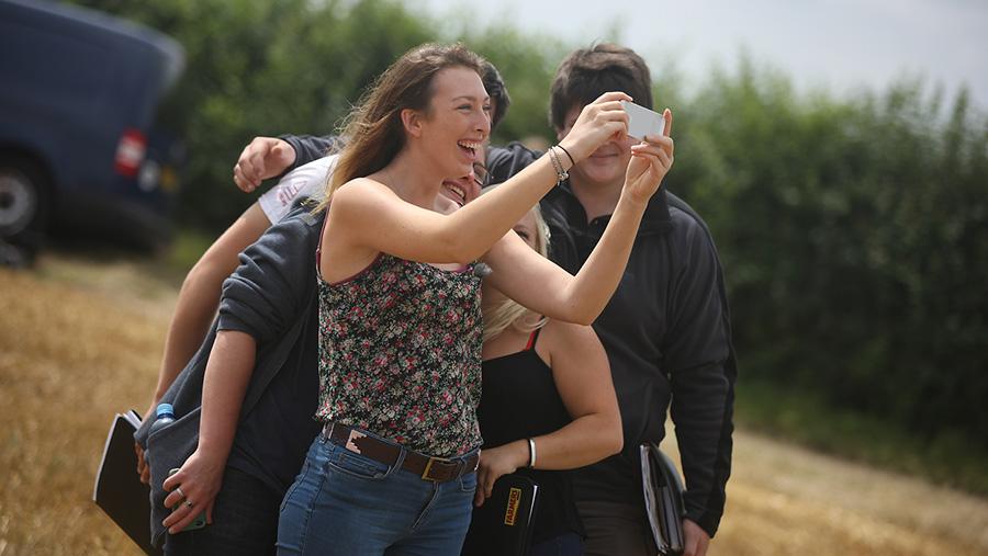 Farmers Apprentice contestants taking a selfie