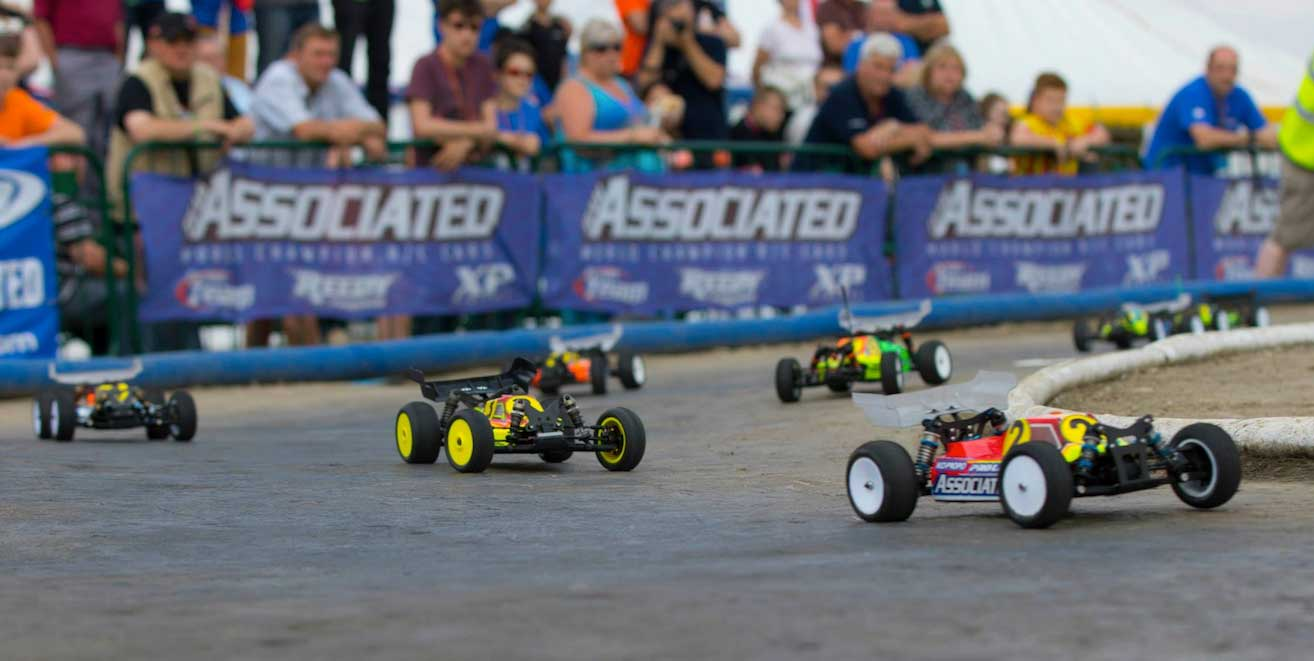 Radio-controlled cars race at Torworth farm