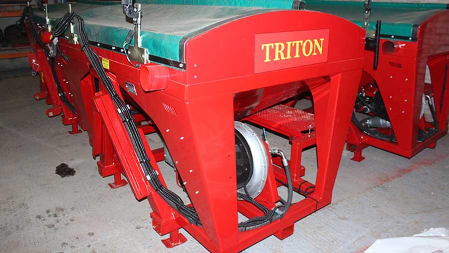 Triton front hopper