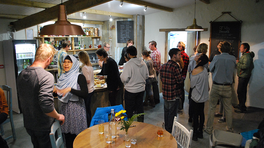 Diners in the Grub Kitchen