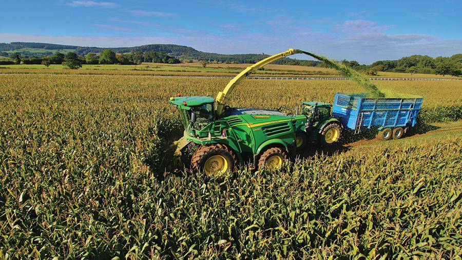 JD-8600 forage harvester