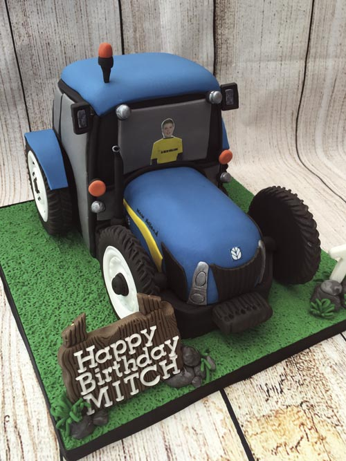 tractor cake by Lorraine Yarnold