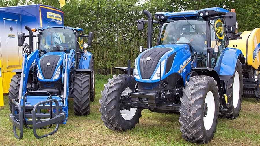 New Holland T5 and T6