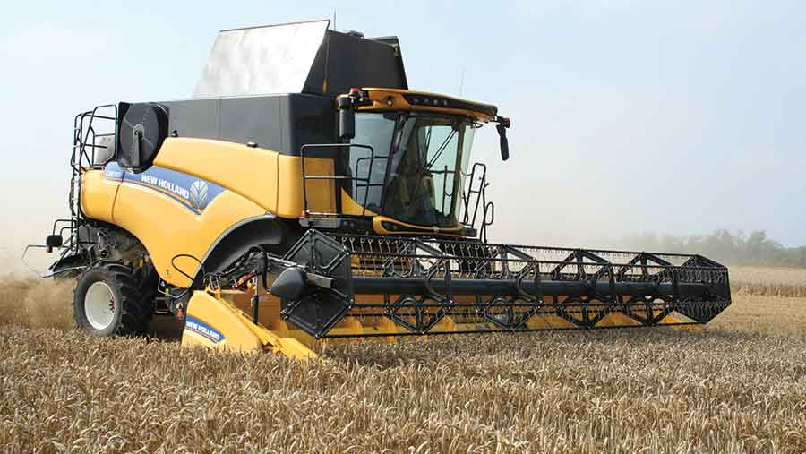New-Holland-CR-8.80