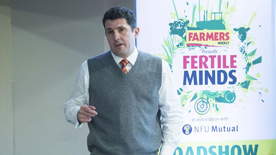 Nick Blake delivers his presentation at Fertile Minds © Billy Pix