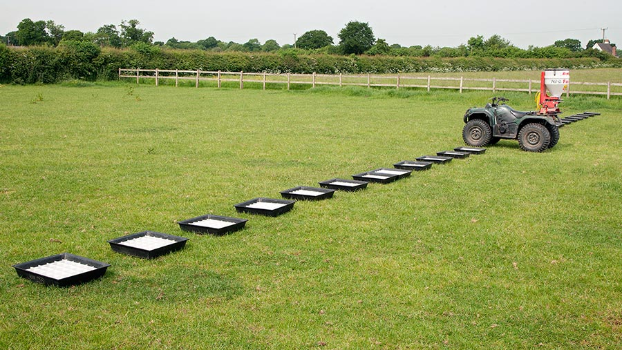 Slug pellet spreader test set up
