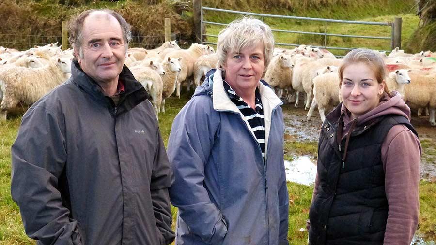 Hugh, Barbara and Helen Thomas