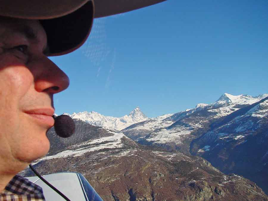Paul Stephens flying over the Alps