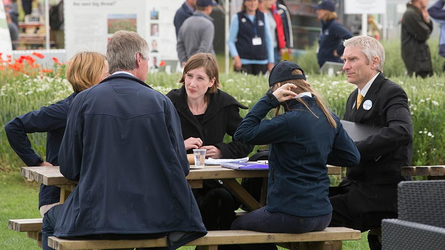 People networking at Cereals