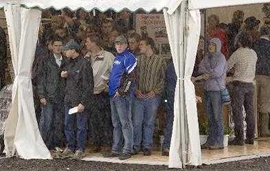 crowds at royal