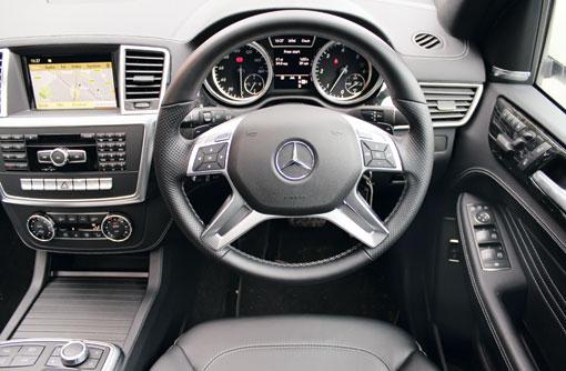 Mercedes ML350 interior