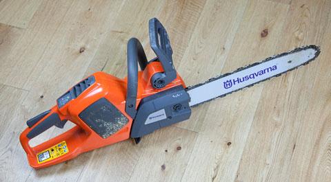 Husqvarna electric chainsaw