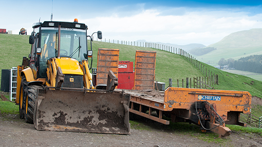 JCB 3X and Chieftain 32ft low loader