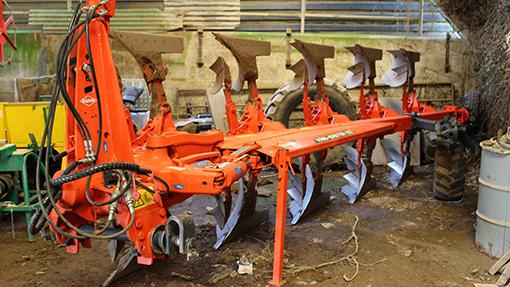 Kuhn Varimaster plough