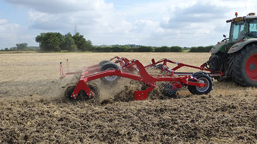 Horsch-Joker-RT-with-Levelling-Board