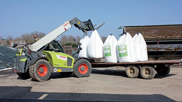 Telehandler lifting fertiliser bags
