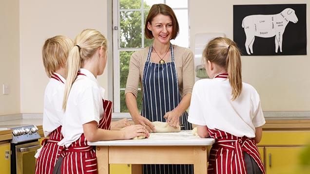Schoolchildren cookery class